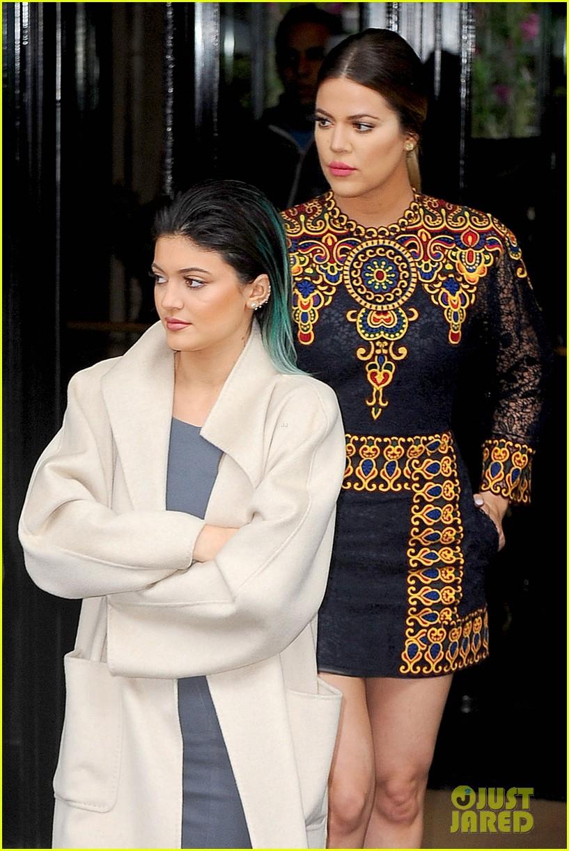 kim kardashian kanye west celebrate pre wedding lunch with valentino her entire family 133120556
