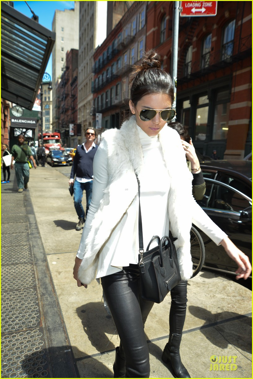 kendall kylie jenner boots in soho 023107506