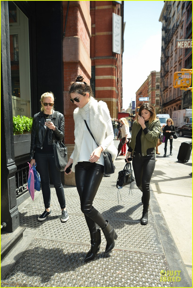 kendall kylie jenner boots in soho 053107509