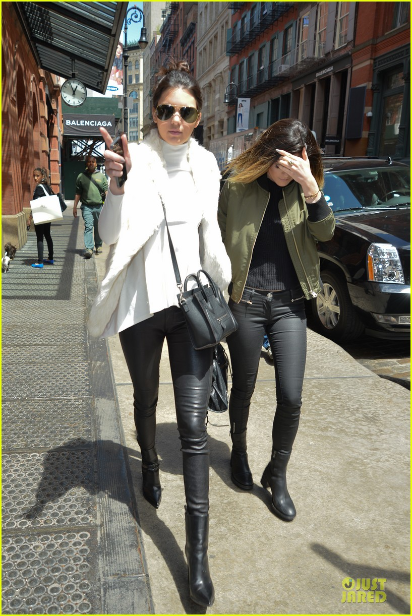 kendall kylie jenner boots in soho 093107513