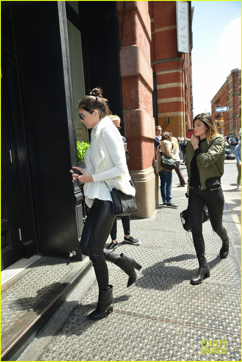 kendall kylie jenner boots in soho 123107516