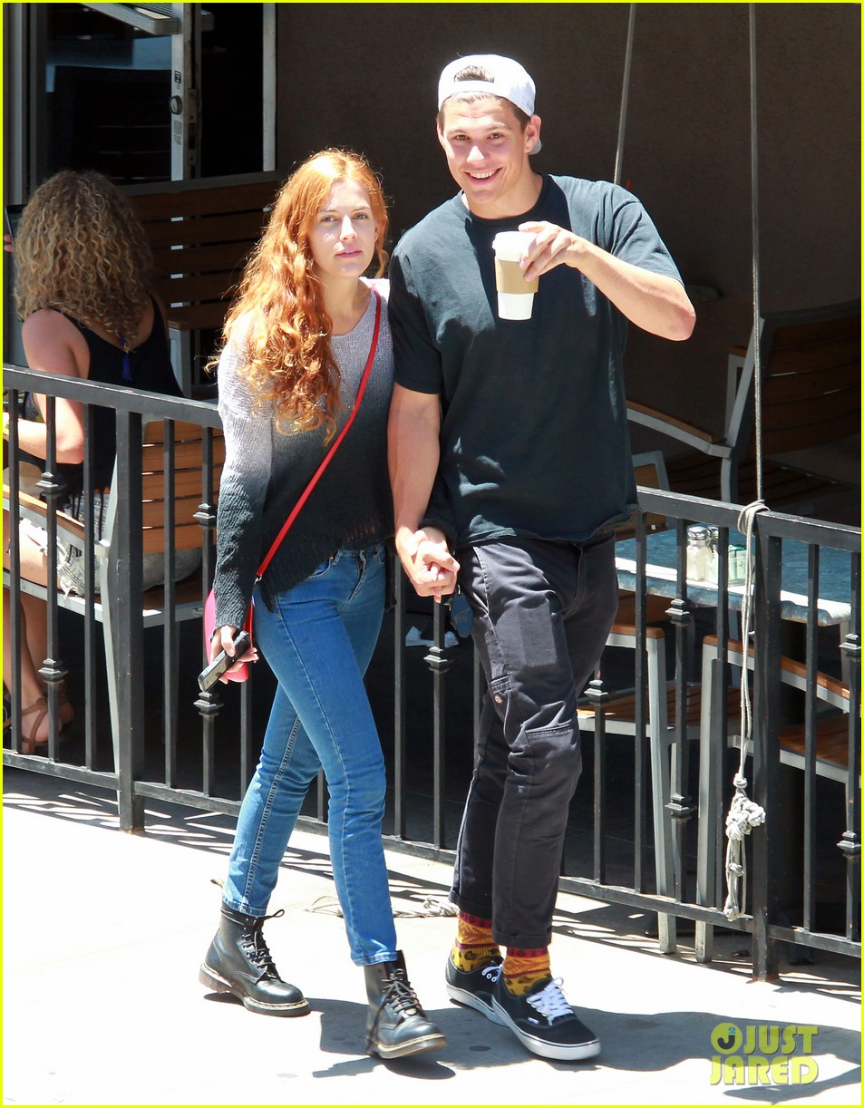 riley keough ben smith petersen smooch on their day date 013113128