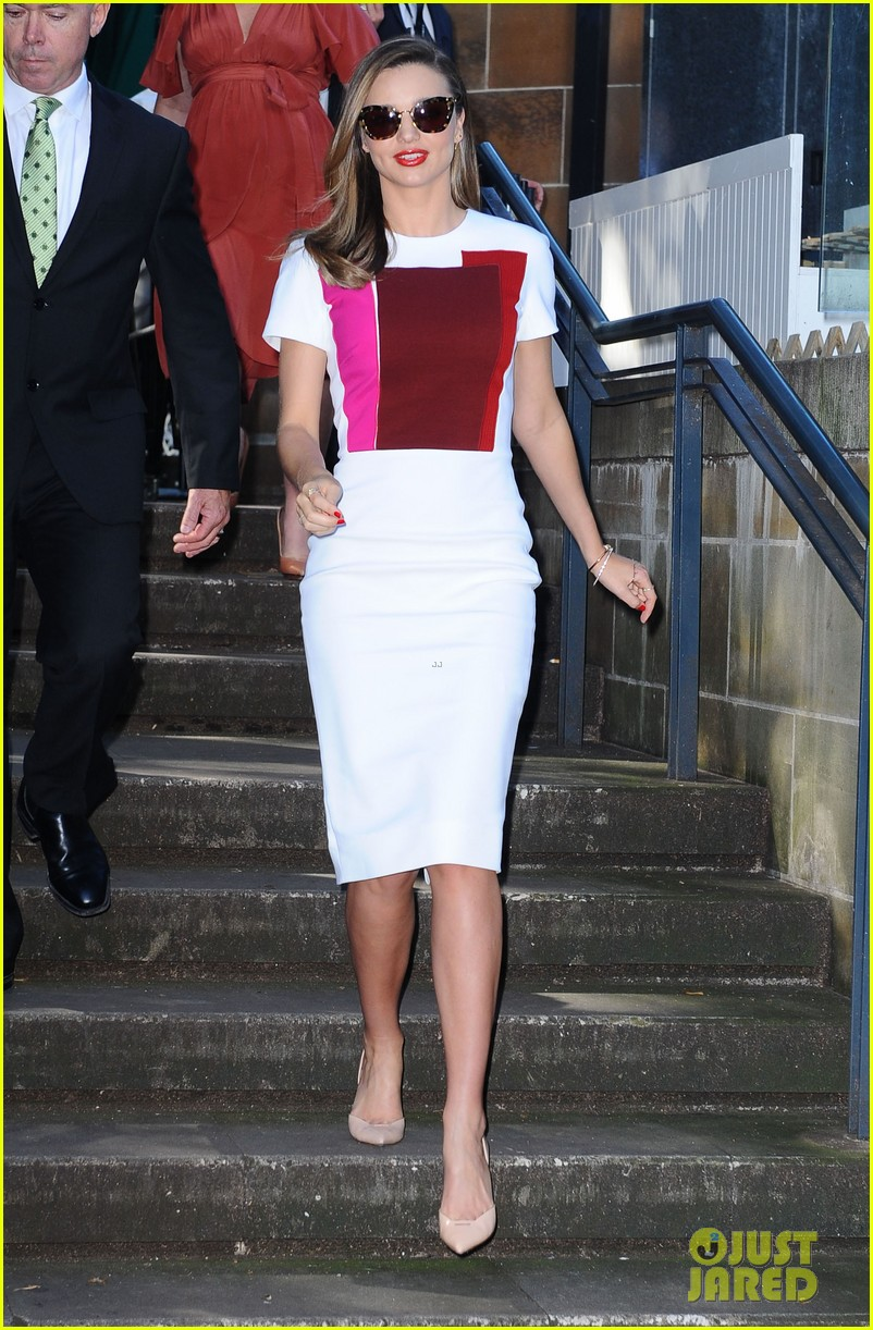 miranda kerr rocks two chic looks to promote her teaware 18
