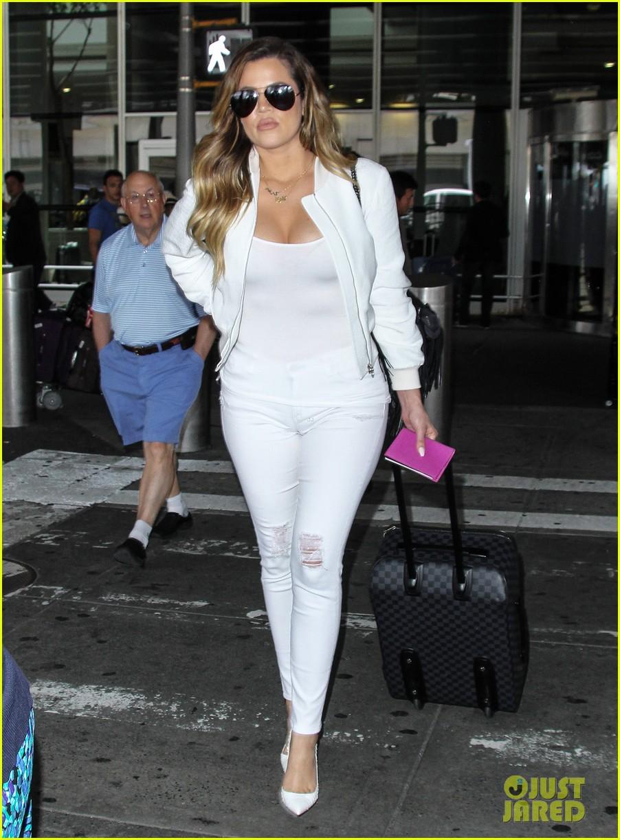 khloe kardashian wishes scott disick happy birthday mugshot 133122636