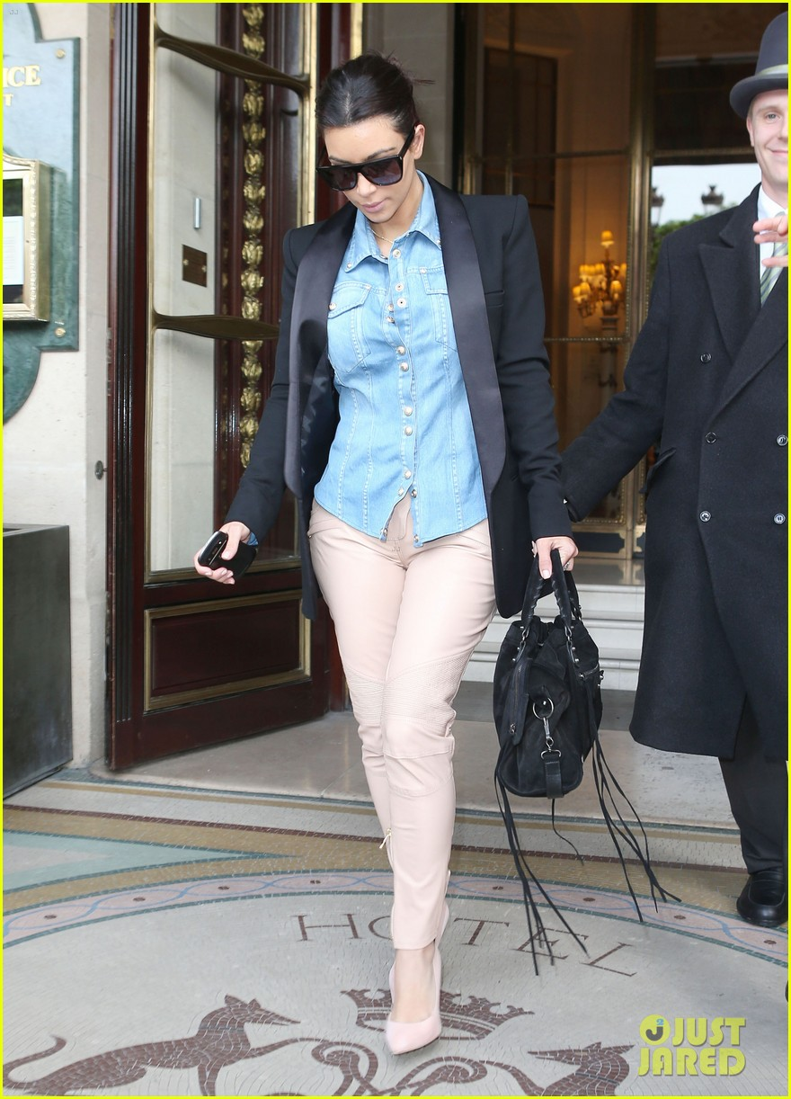 kim kardashian wears same shirt two days in a row after wedding dress shopping 033102920