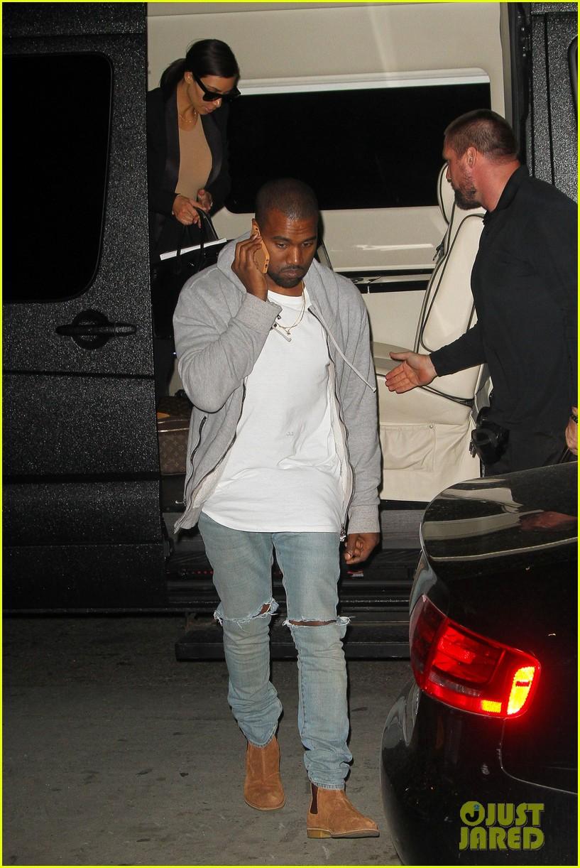 kim kardashian kanye west arrive in nyc after wedding rumors 163105351