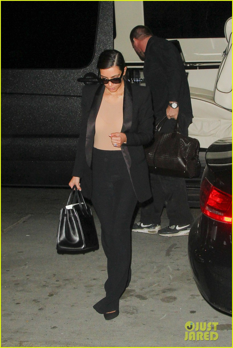 kim kardashian kanye west arrive in nyc after wedding rumors 19