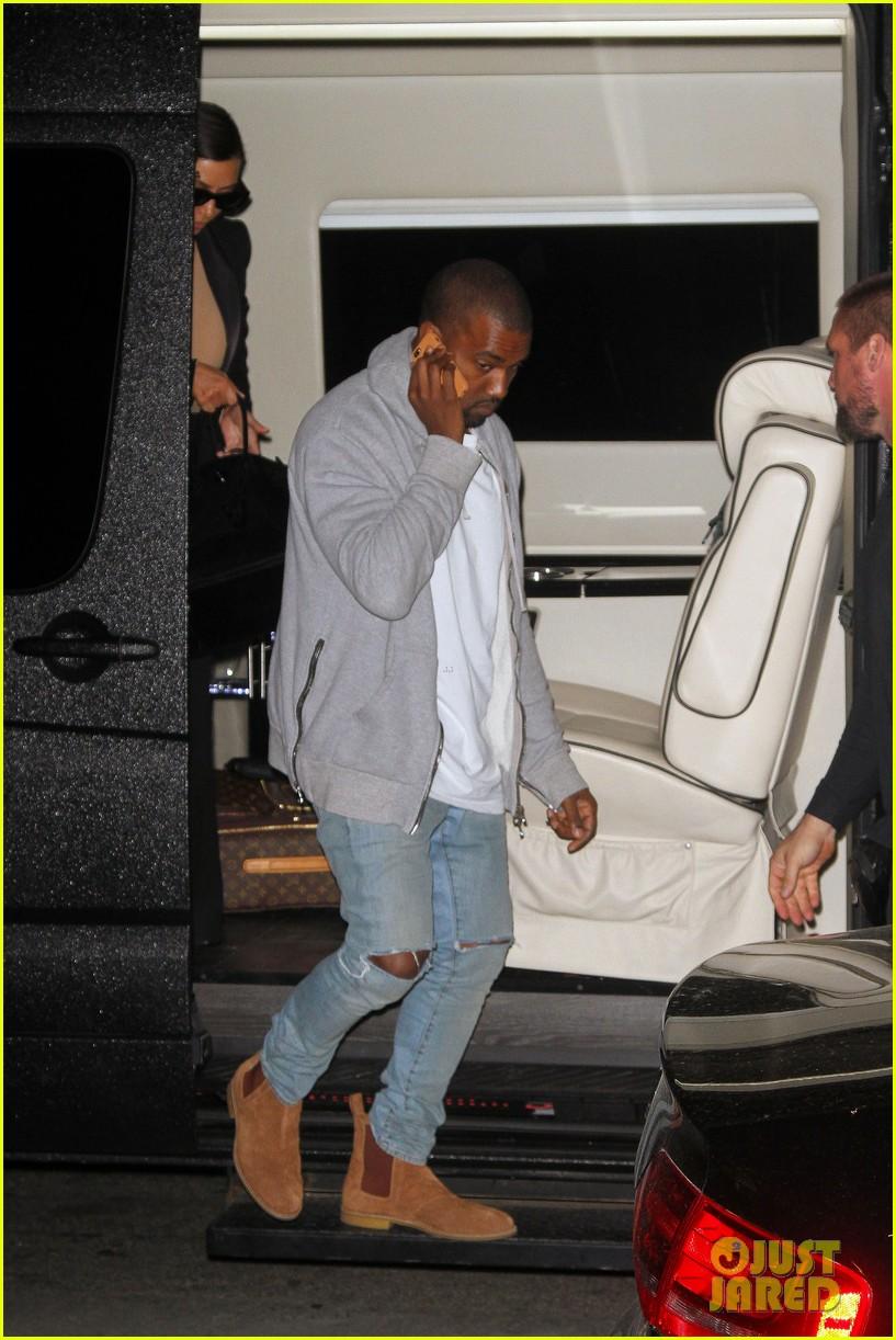 kim kardashian kanye west arrive in nyc after wedding rumors 223105357