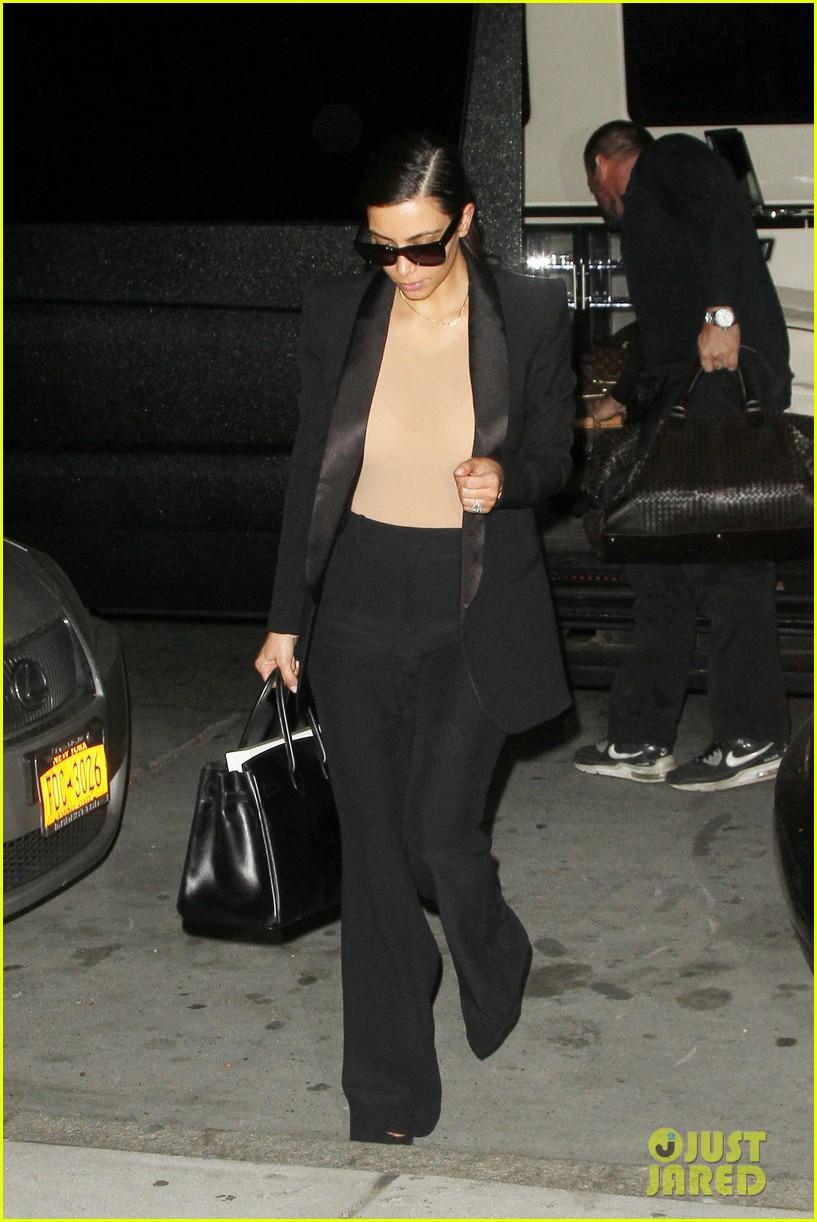 kim kardashian kanye west arrive in nyc after wedding rumors 263105361