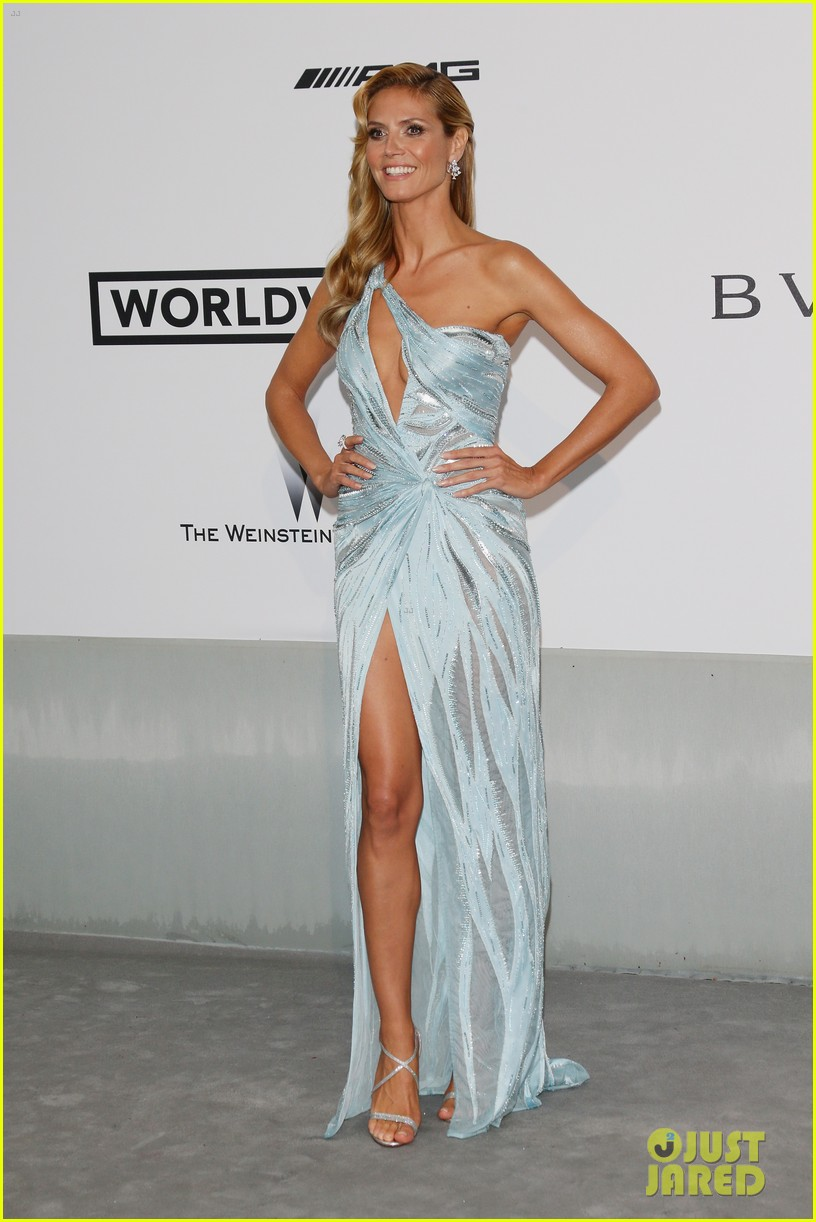 heidi klum rocks high slit dress at cannes amfar gala 2014 12