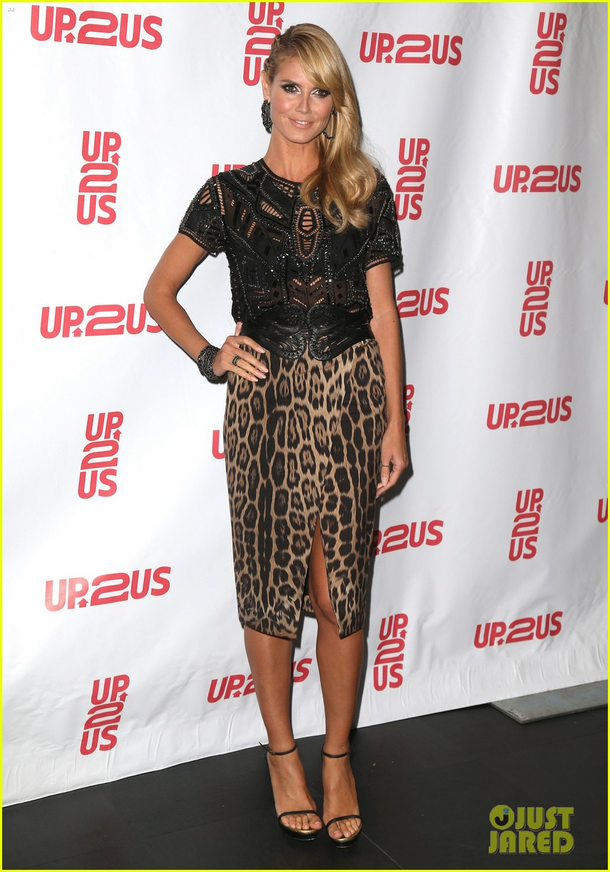 heidi klum supports youth development at up2us gala 06
