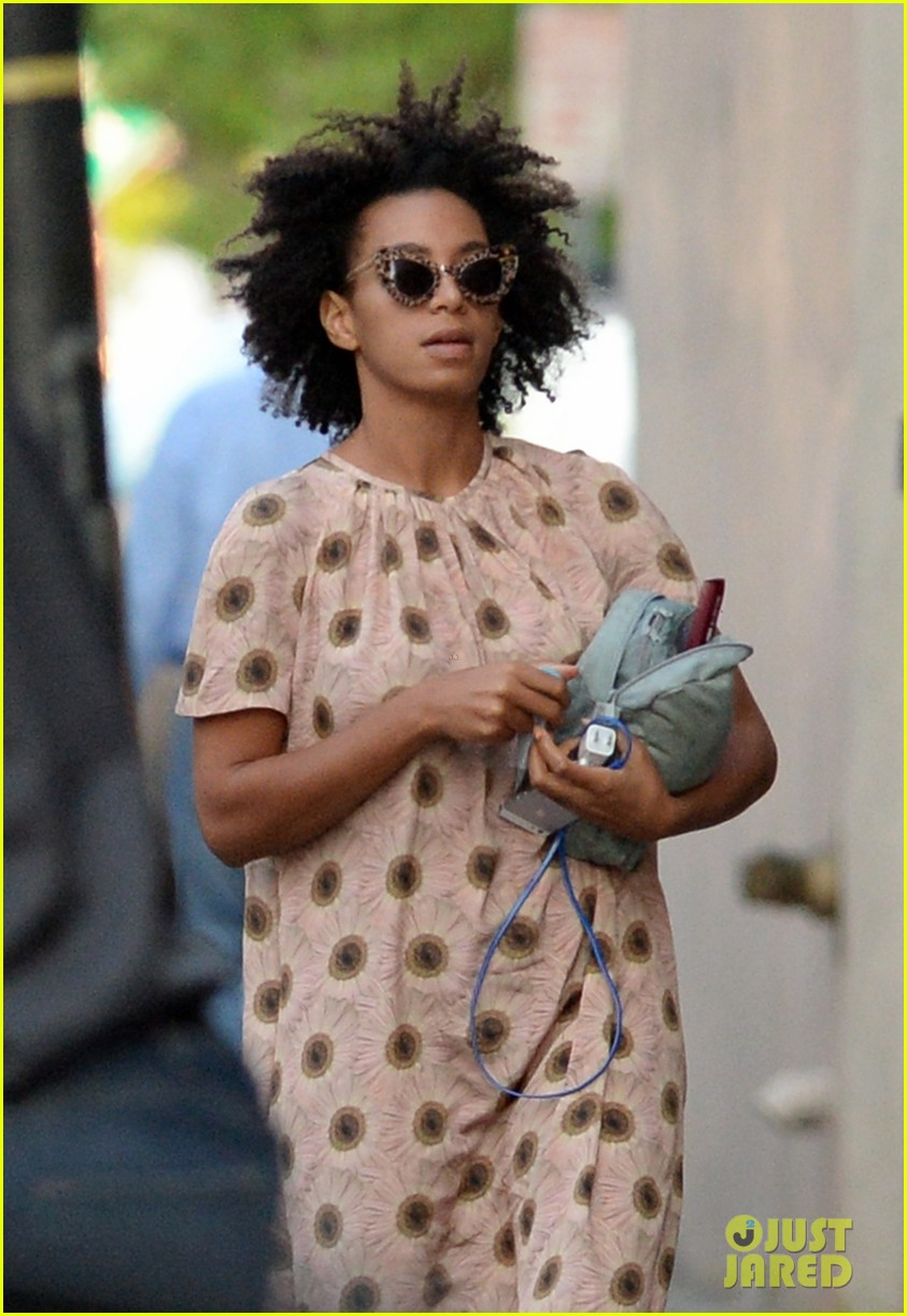 solange knowles emerges for first time since elevator fight video leaks 033118176