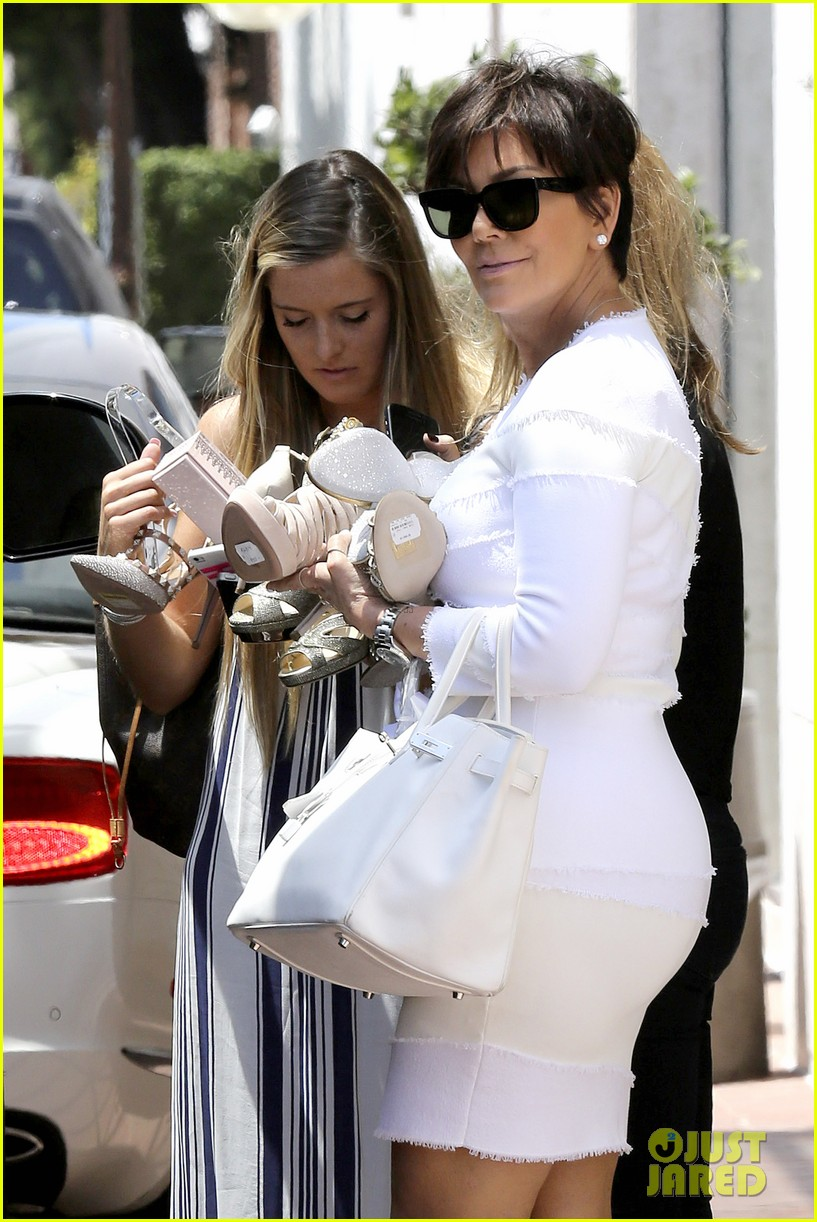 kourteney kardashian kris jenner attend kims bridal shower