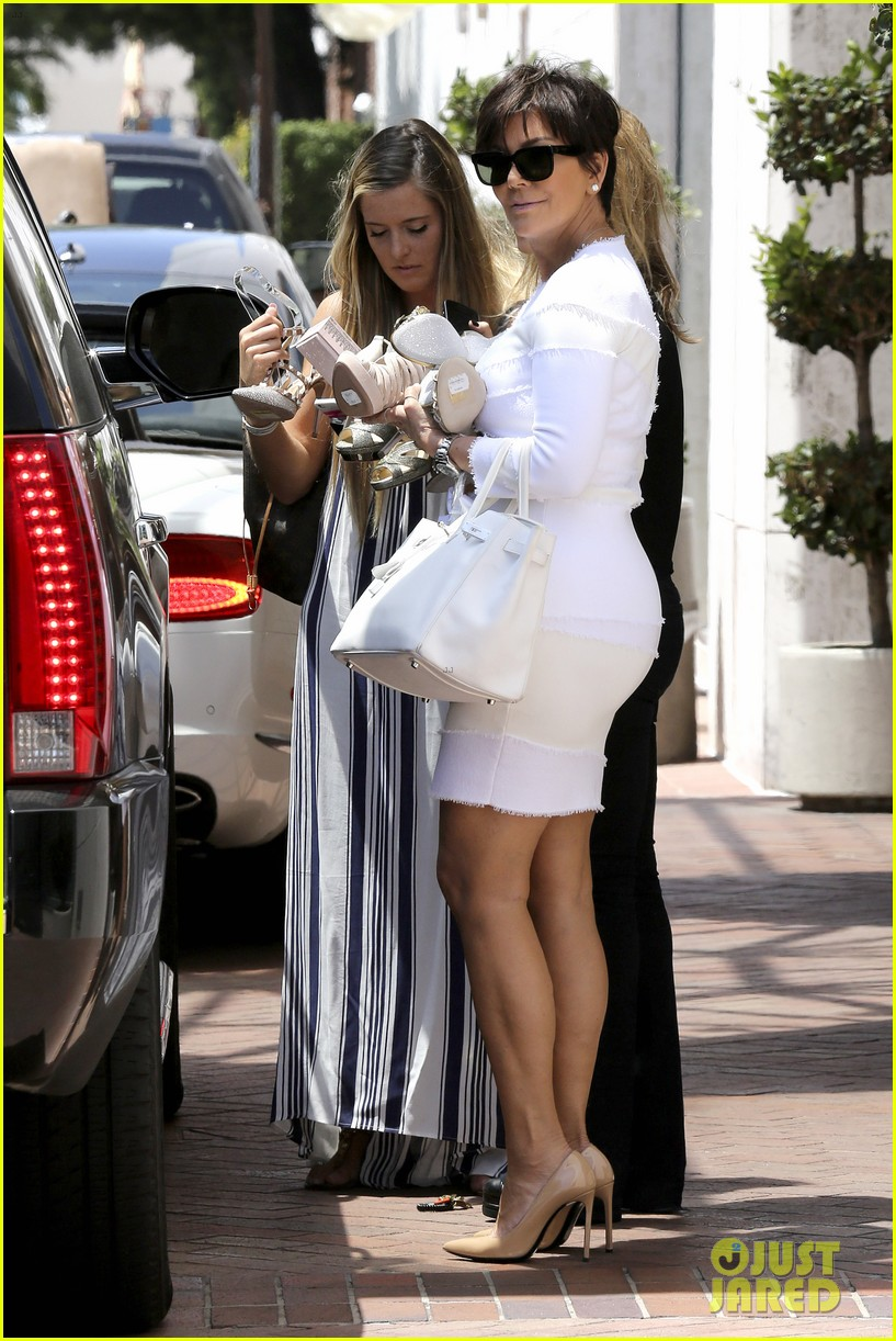 kourtney kardashian kris jenner attend kims bridal shower 233110267