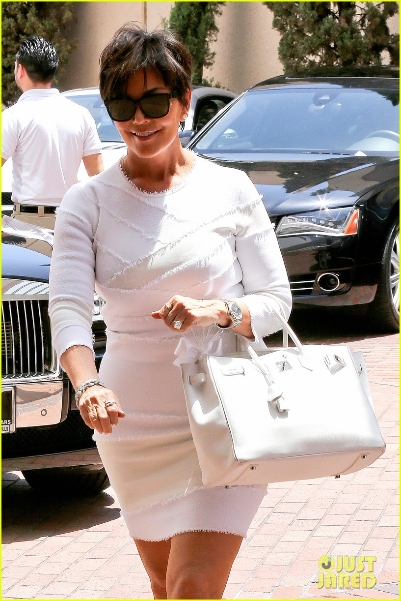kourtney kardashian kris jenner attend kims bridal shower 243110268