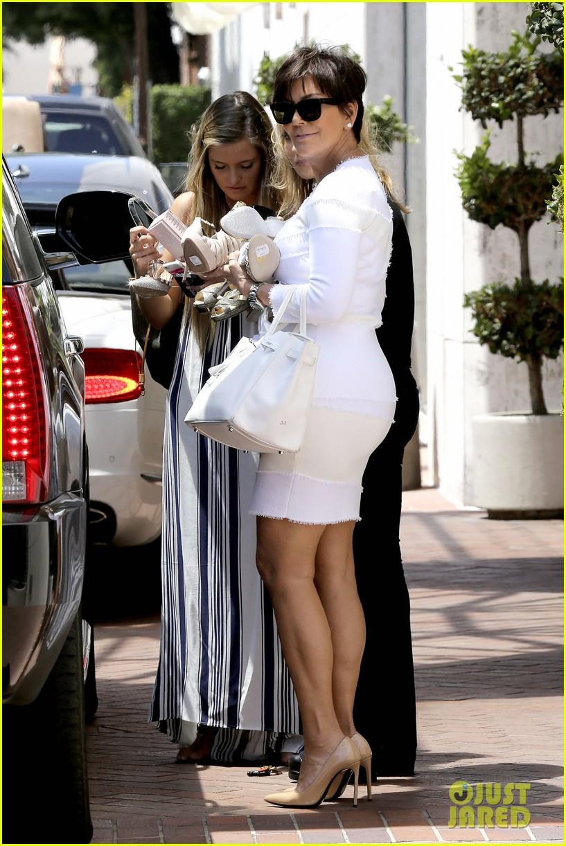 kourtney kardashian kris jenner attend kims bridal shower 303110274