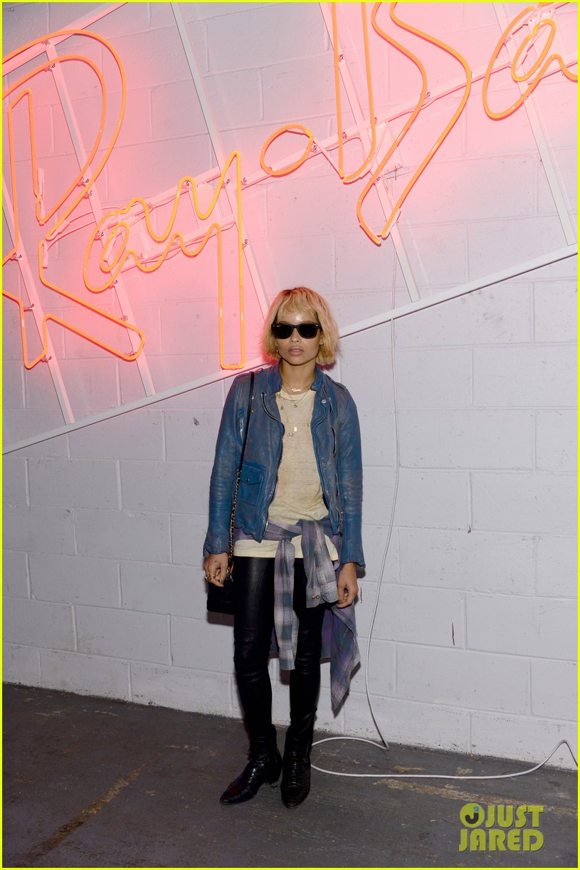 zoe kravitz ireland baldwin get shady to help ray ban debut district 1937 033114910