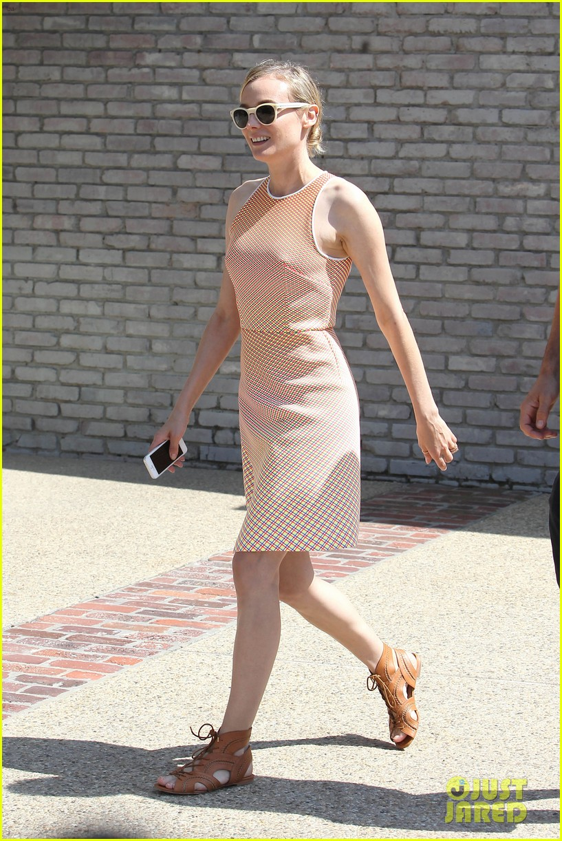 diane kruger joshua jackson celebrate memorial day at joel silvers annual party 093122528
