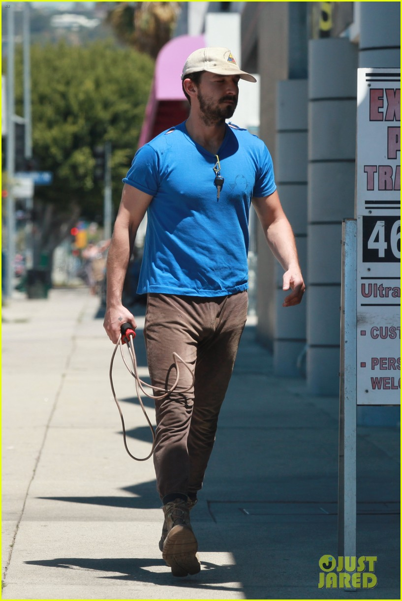 shia labeouf sure is dedicated to the gym these days 033104372