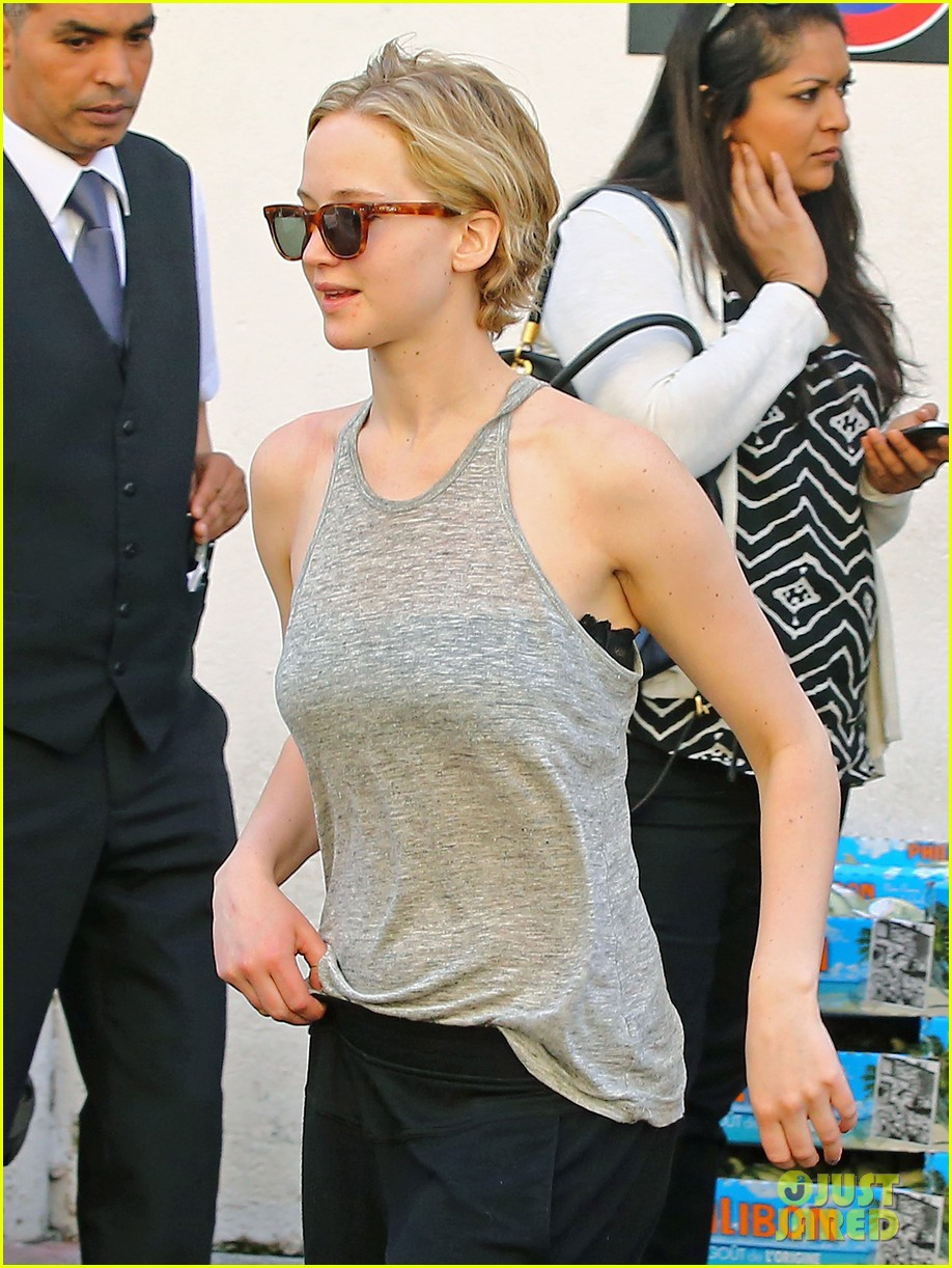 jennifer lawrence hunger games guys step out at cannes 013116659