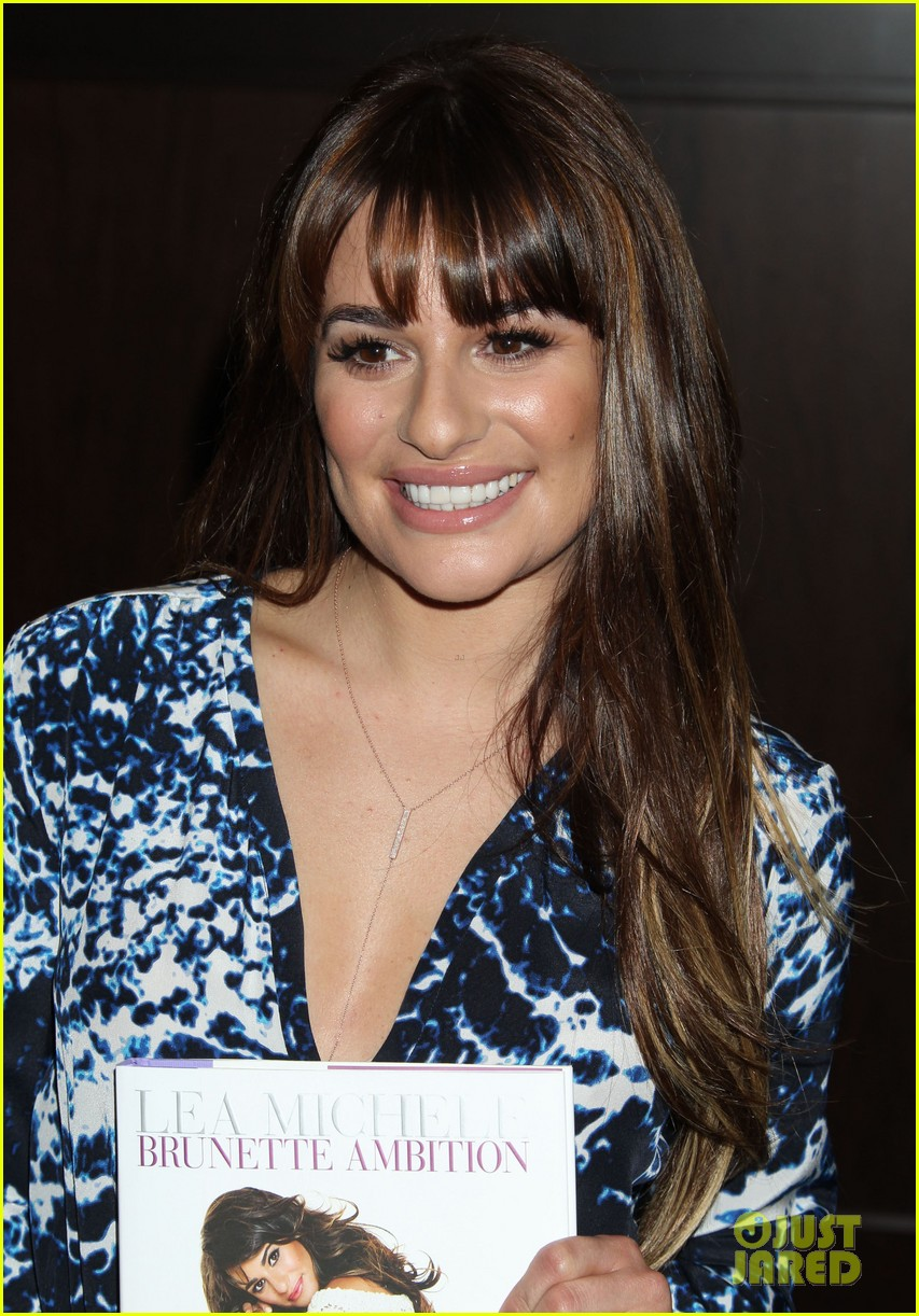lea michele book signing grove brunette ambition 033120290