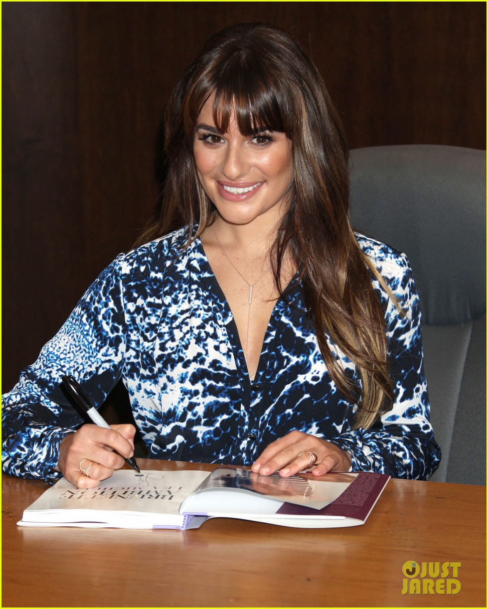 lea michele book signing grove brunette ambition 053120292