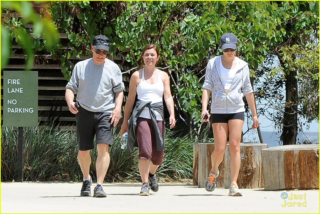 lea michele hike parents funny girl 06