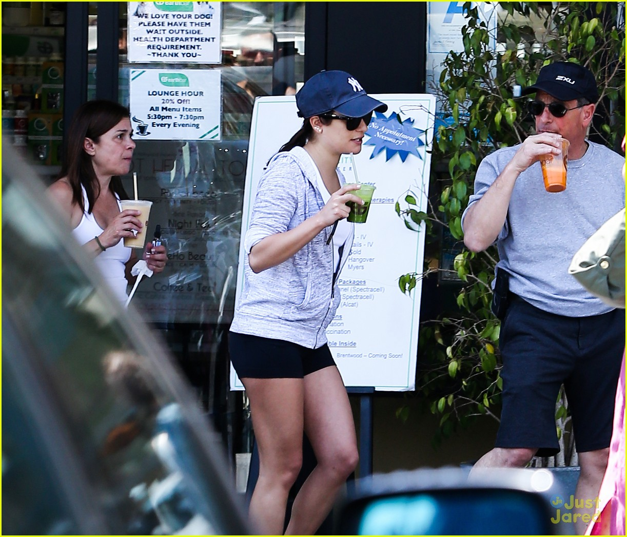 lea michele hike parents funny girl 113109891
