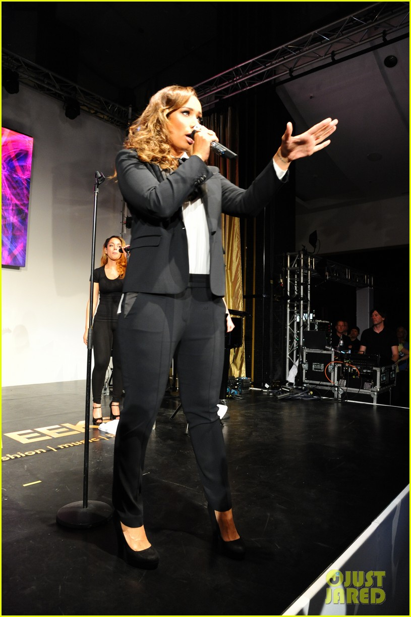 leona lewis berlin global down syndrome dc 043110984