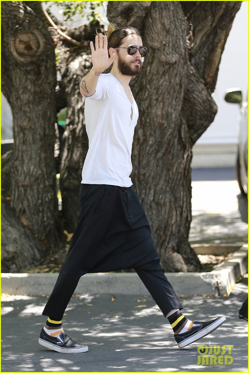 jared leto can make drop crotch pants the new trend 013114490
