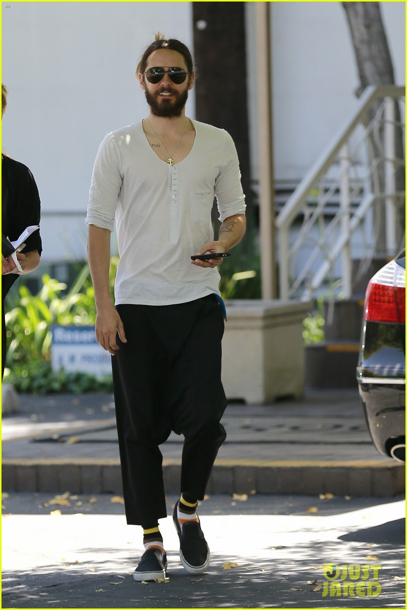 jared leto can make drop crotch pants the new trend 023114491