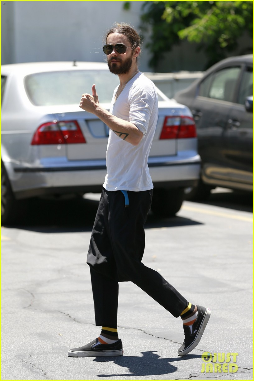 jared leto can make drop crotch pants the new trend 043114493