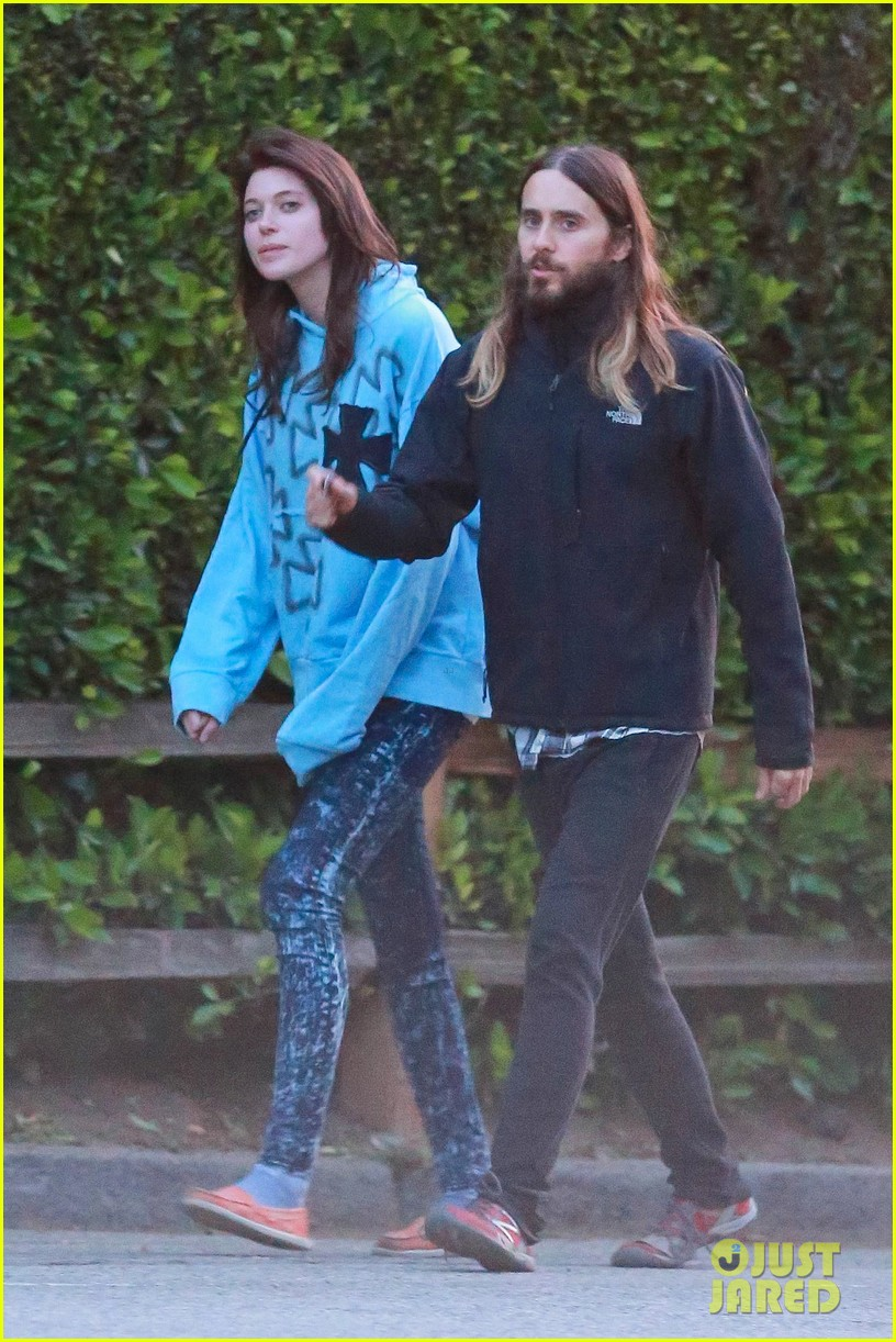jared leto goes for a hike with a female companion 033109491