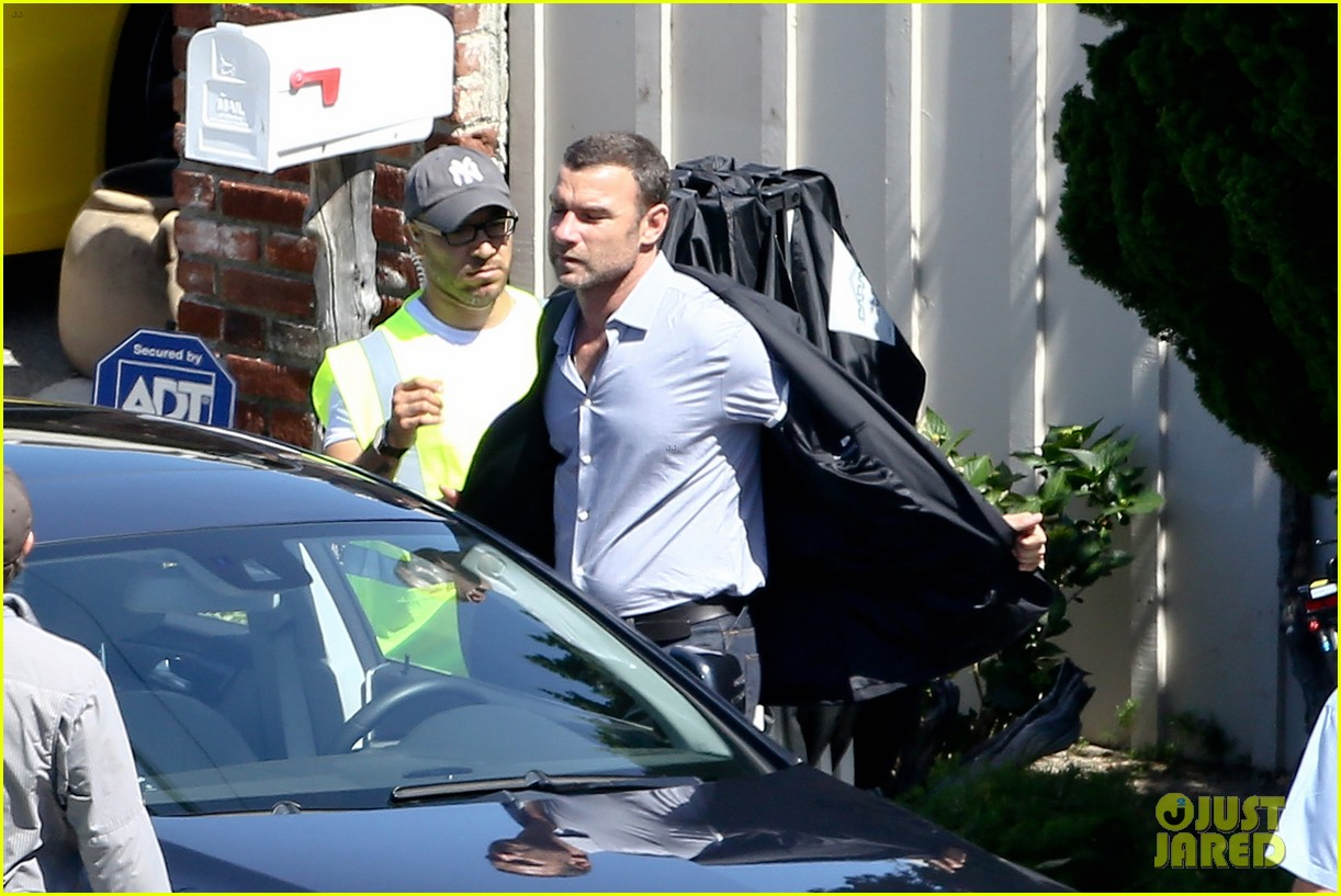 liev schreiber direct ray donovan episode next season 27
