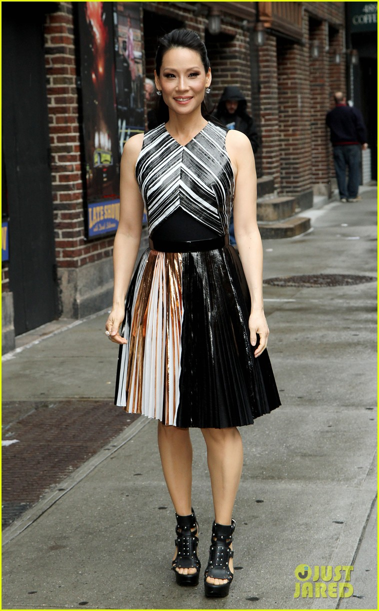 lucy liu directed tonights new episode of elementary 053102857