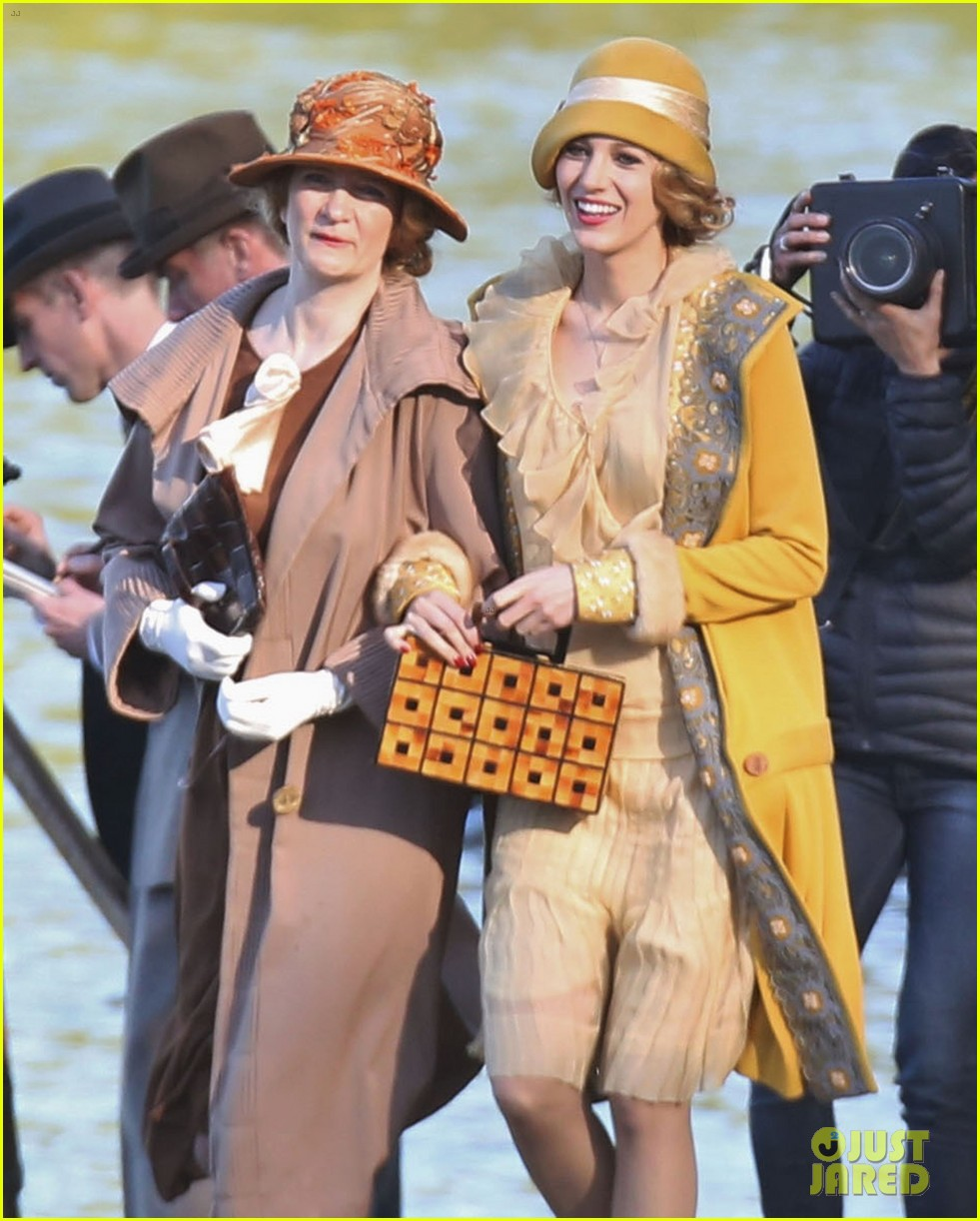 blake lively hits the beach in burnaby for age of adaline shoot 153102942
