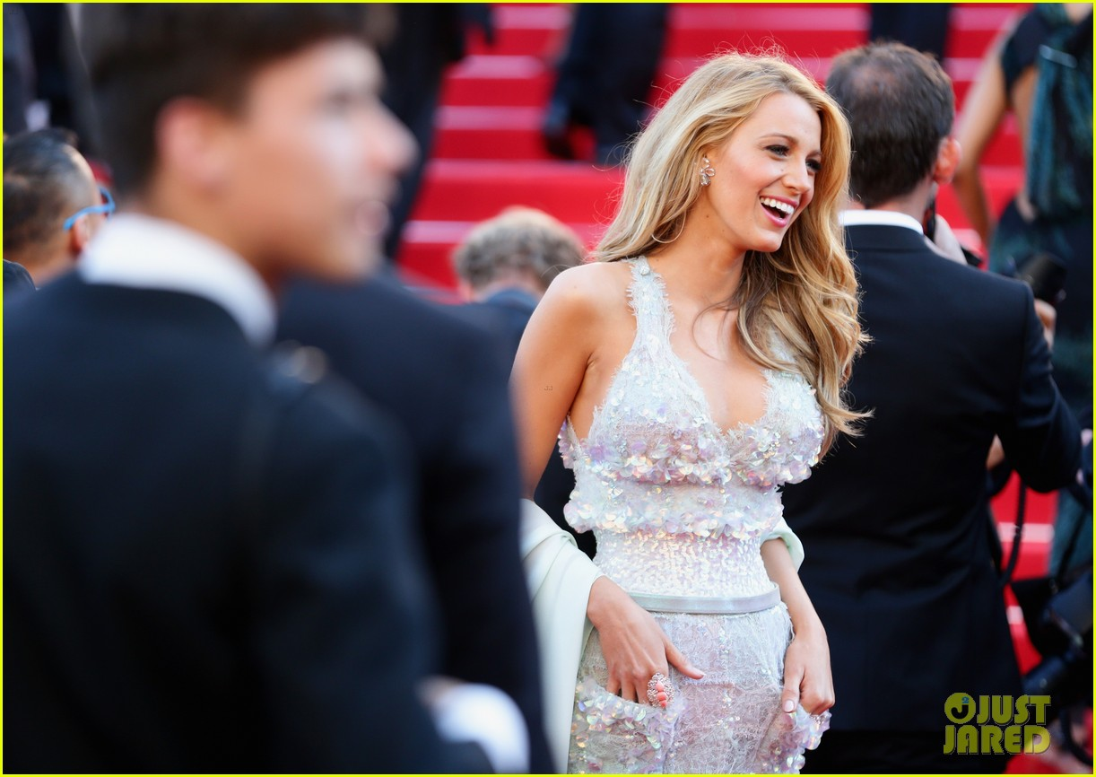 blake lively keeps her hands in her couture dress pockets 073114061