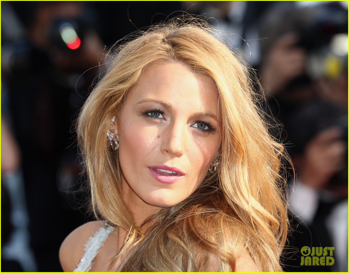 blake lively keeps her hands in her couture dress pockets 143114068