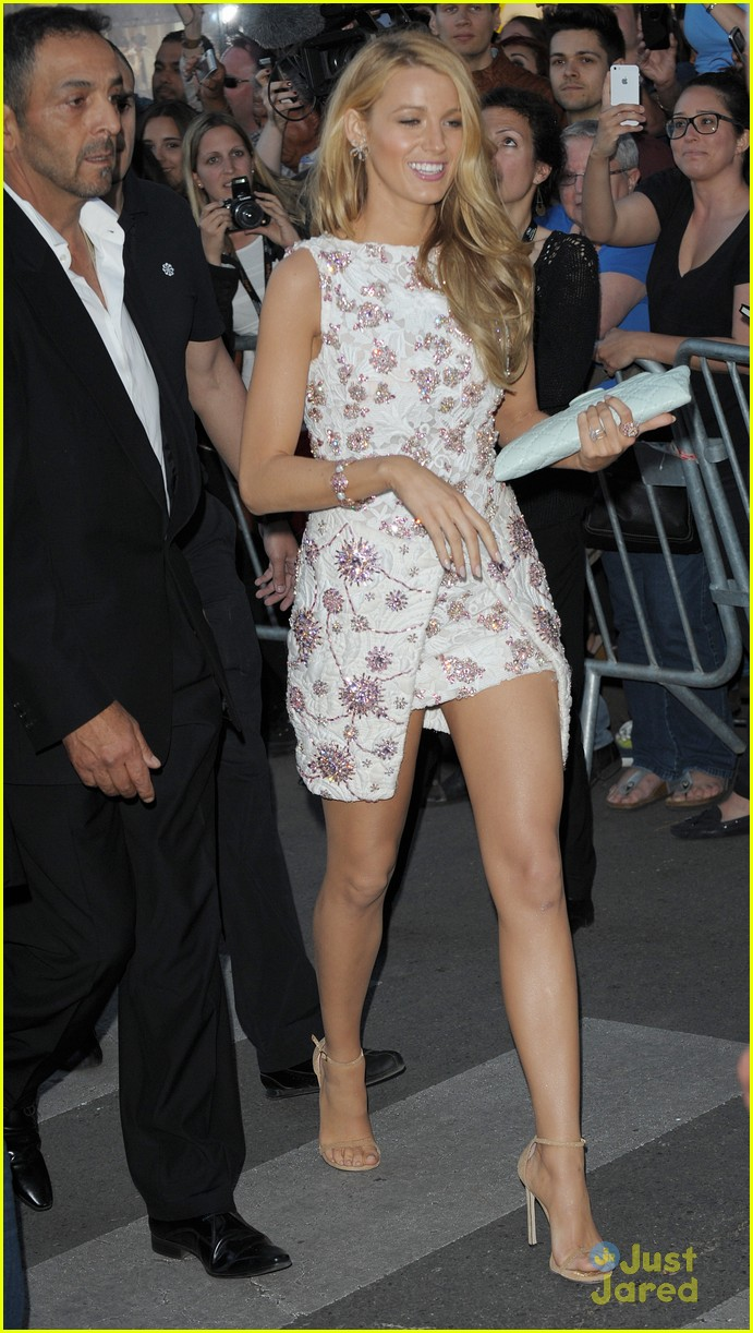 blake lively le grand journal cannes 133114444