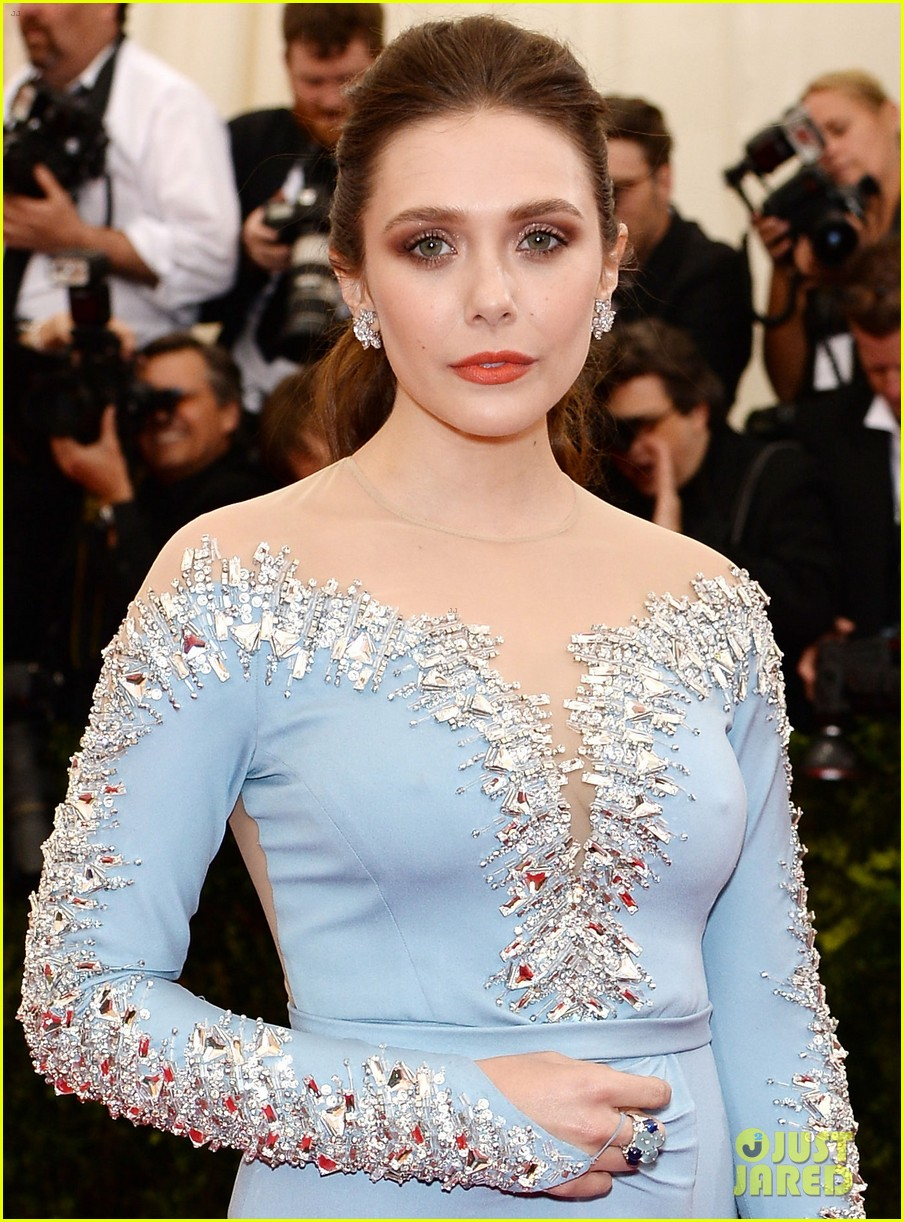 elizabeth olsen met ball 2014 red carpet 05