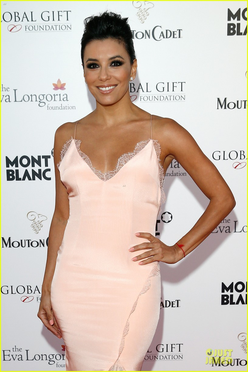 eva longoria sexy back cannes global gift gala 023115200