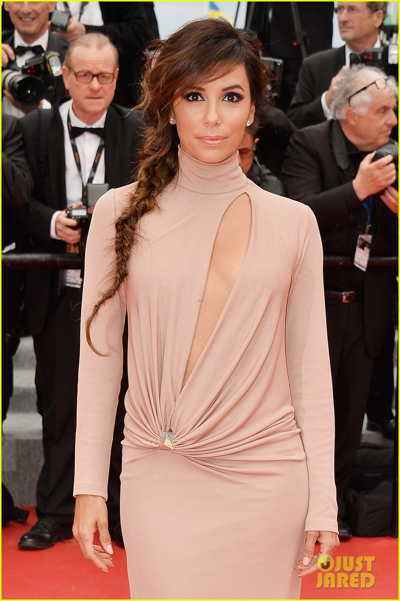 eva longoria riley keough foxcatcher cannes premiere 083117570