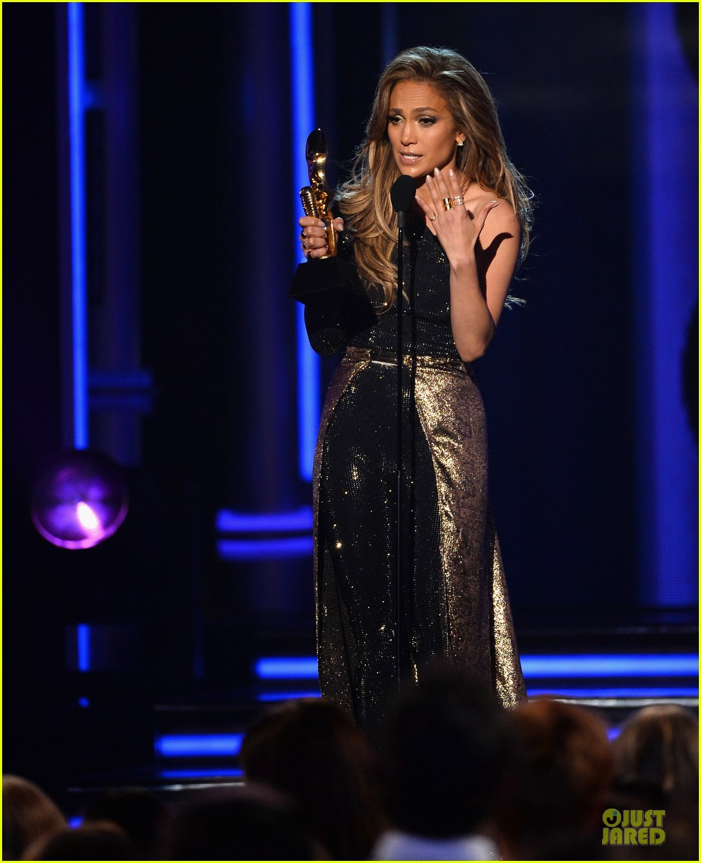 jennifer lopez performs first love billboard icon 063116985