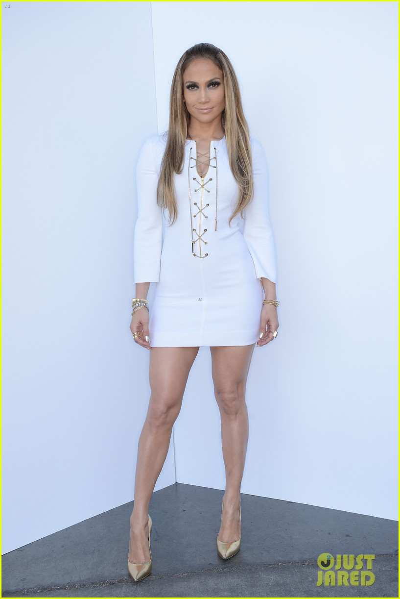 jennifer lopez goes from idol to iheartradio music awards 01.3103541