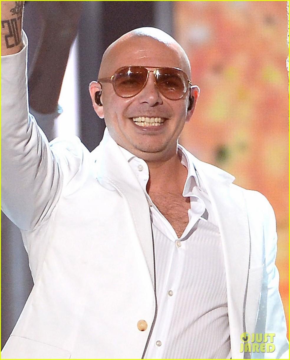jennifer lopez pitbull perform billboard music awards 2014 02