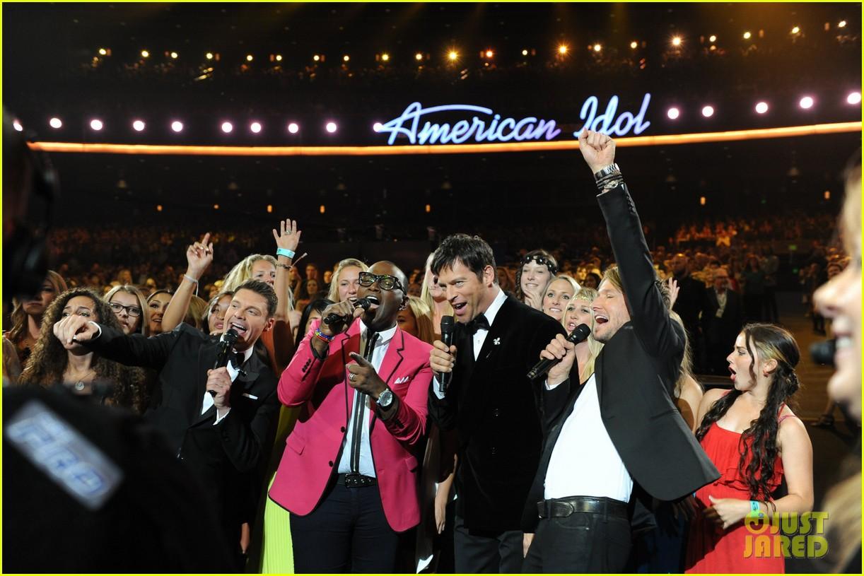 jennifer lopez performs first love american idol finale 033119355