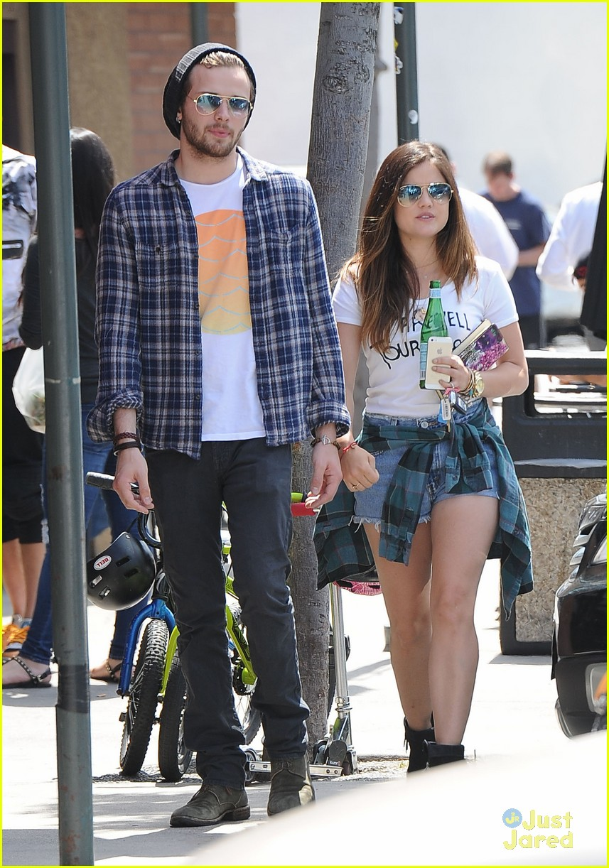 lucy hale joel crouse lunch workout 203108837