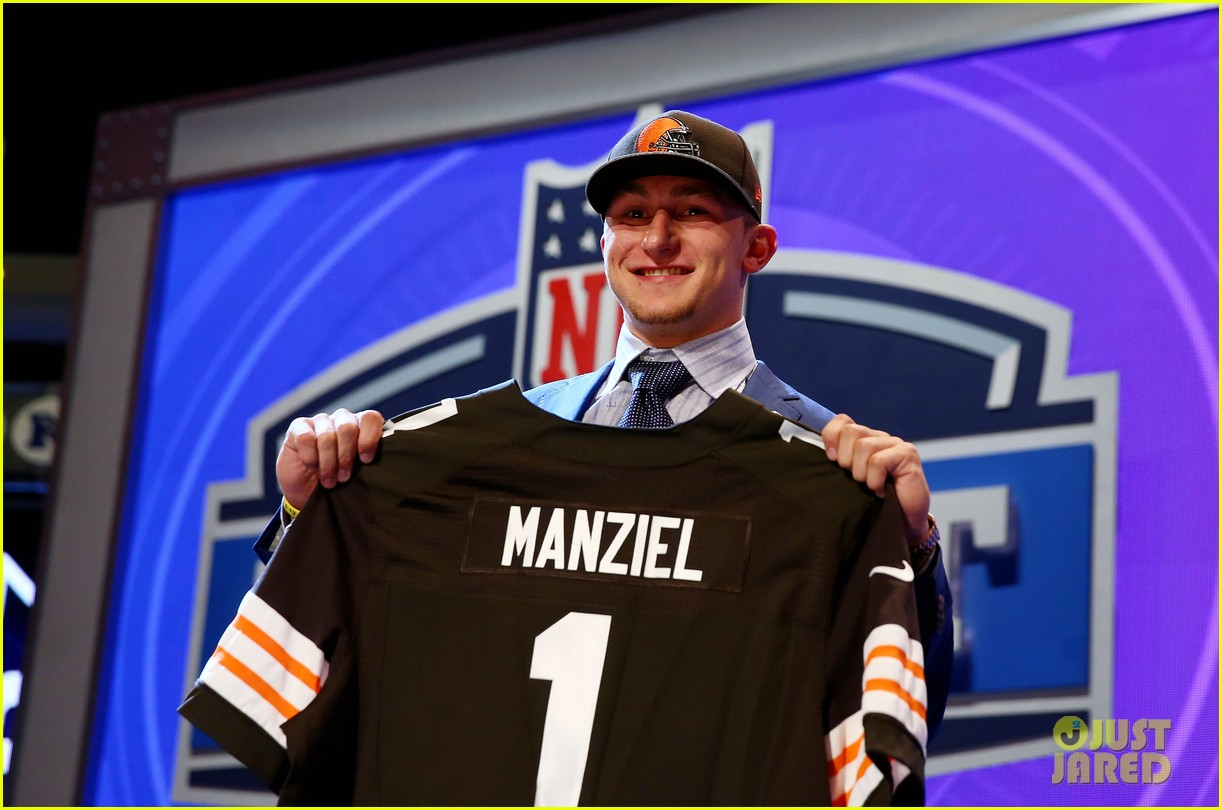johnny manziel gets picked 22nd in nfl draft 043109018