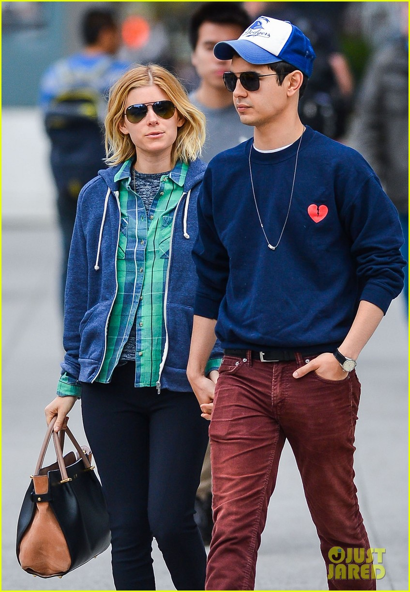 kate mara max minghella hold hands in nyc 023108722
