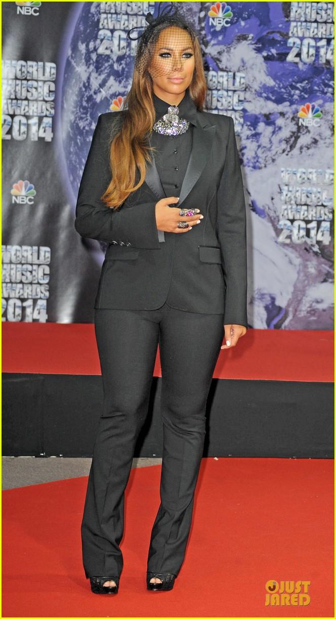 ricky martin kellan lutz handsome at world music awards 143122946